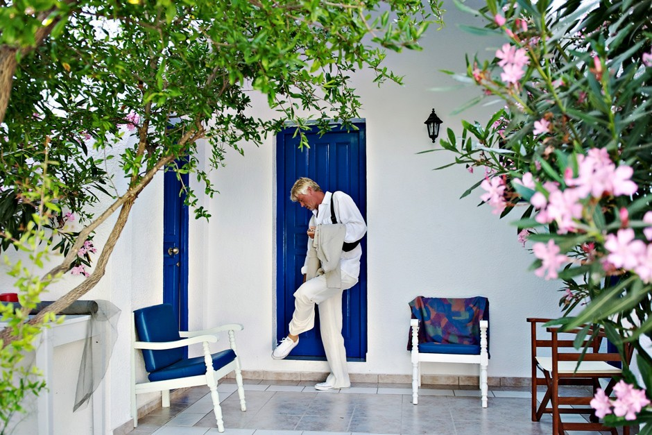 groom Is ready for the wedding in Amorgos