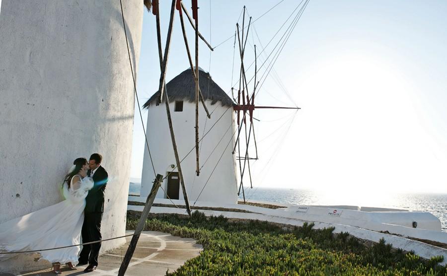 wedding couple in mykonos windmills