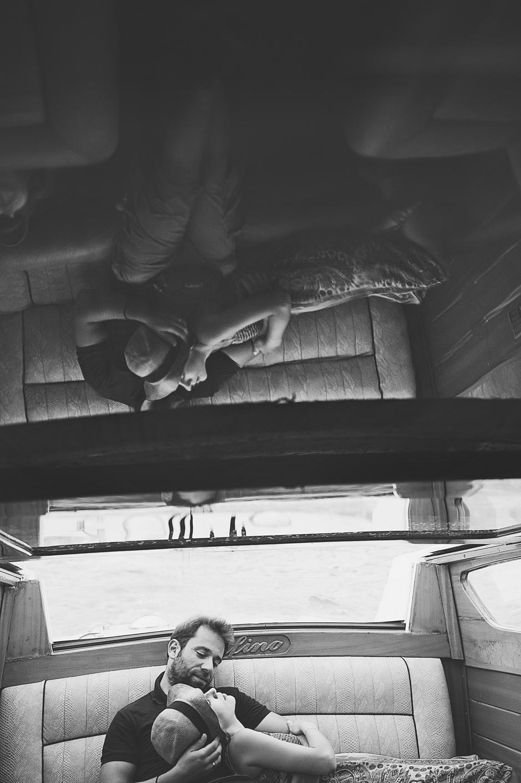 b&w honeymoon photos in pictures