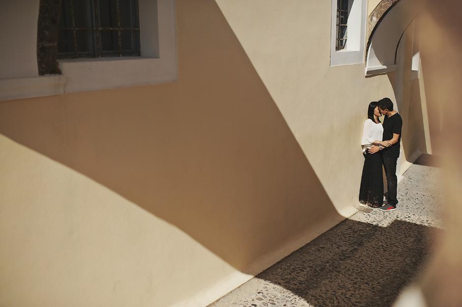cobblestreets of santorini