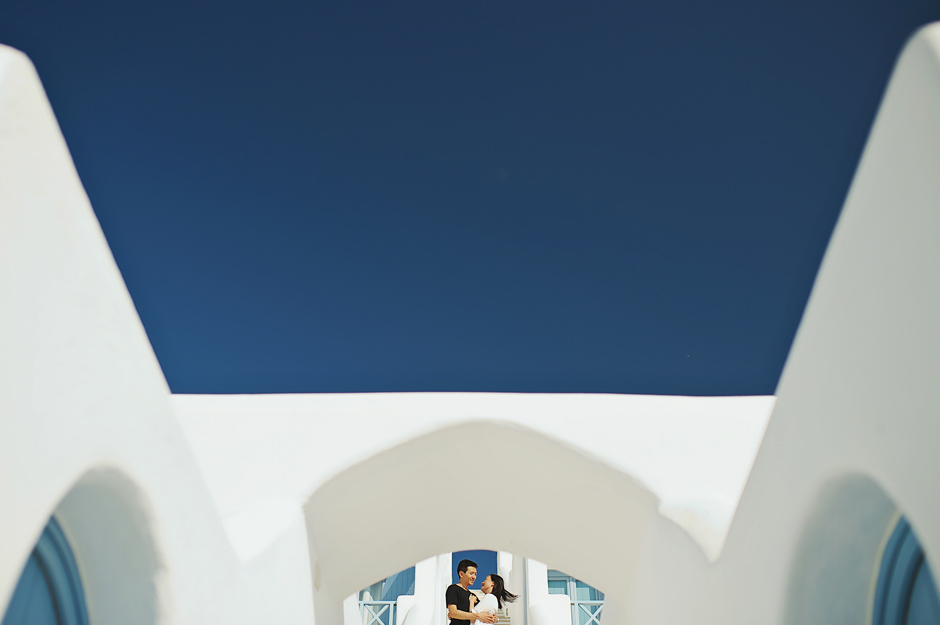 santorini-engagement-photos