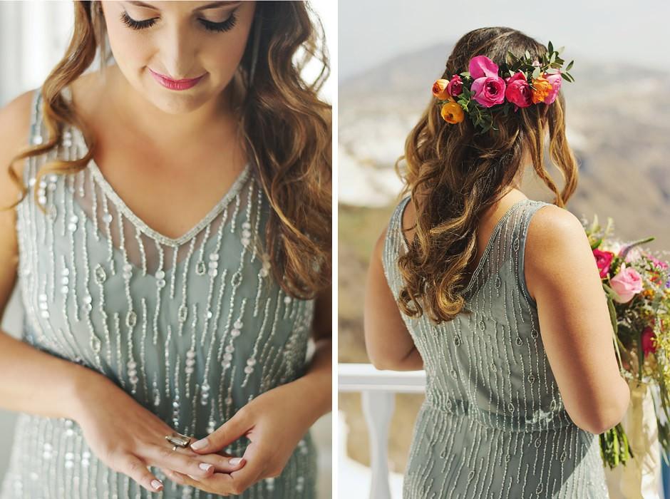 elopement bride bouquet in santorini photo