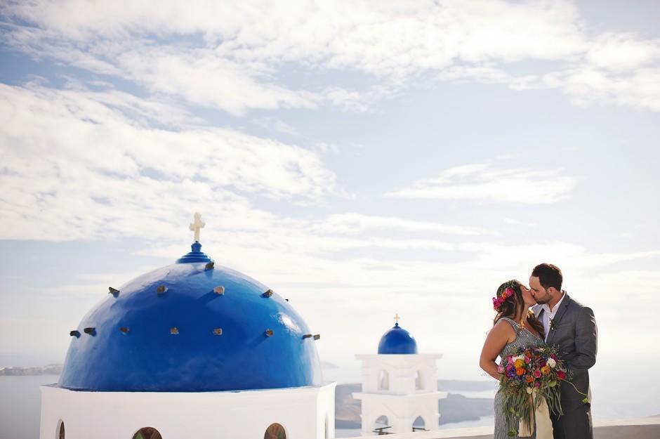 best elopement photos in santorini