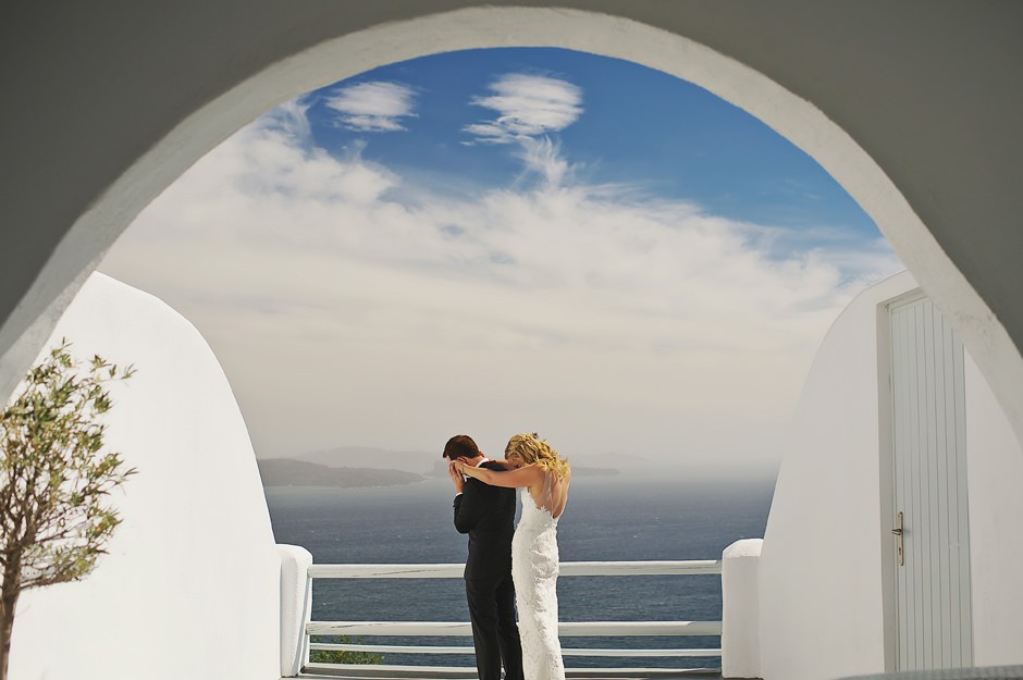 best wedding photos in santorini 13
