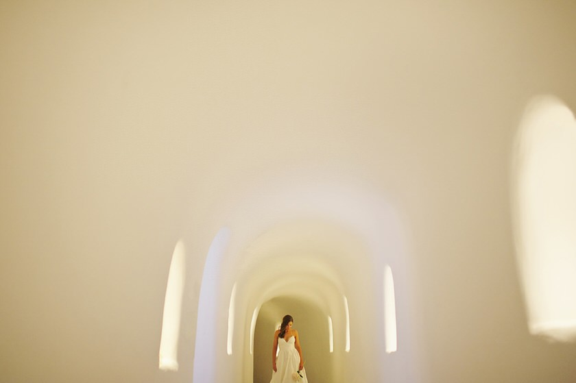 elopement in santorini canaves suites 08