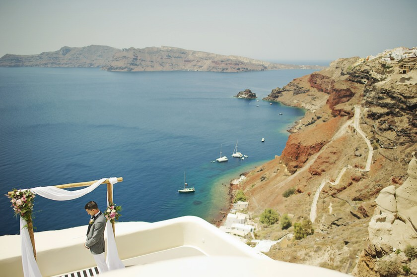 elopement in santorini canaves suites 12