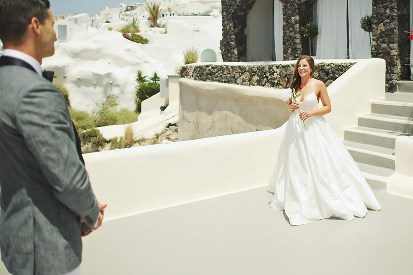 elopement in santorini canaves suites 14