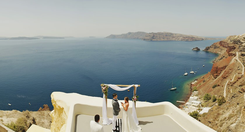 elopement in santorini canaves suites 15