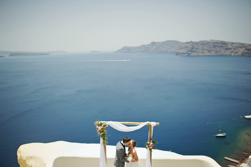 elopement in santorini canaves suites 22