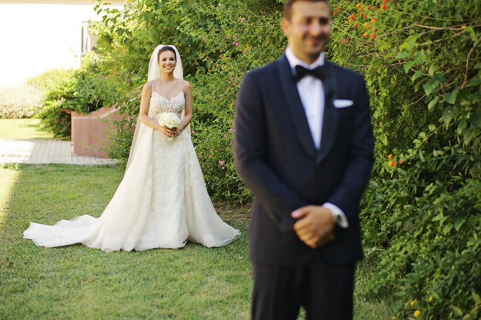 wedding photography of the newlyweds