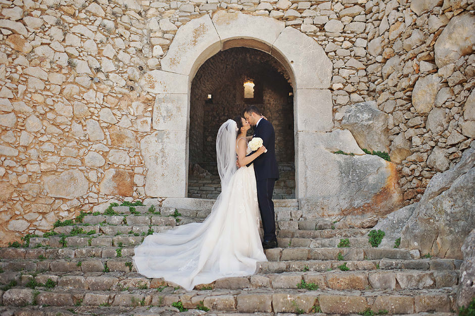 nafplio wedding in the castle of peloponnese