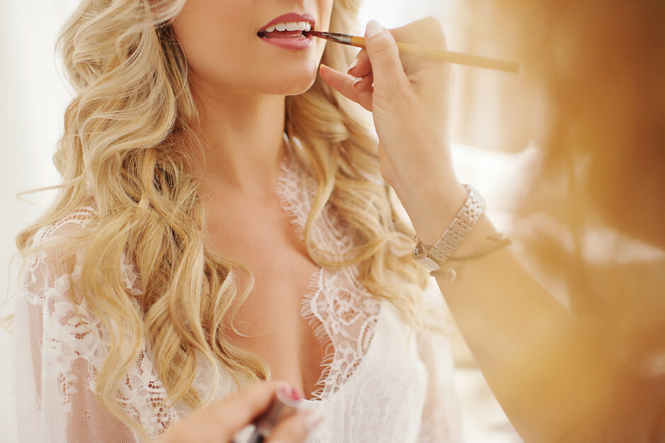 bride wedding make up in le ciel santorini wedding
