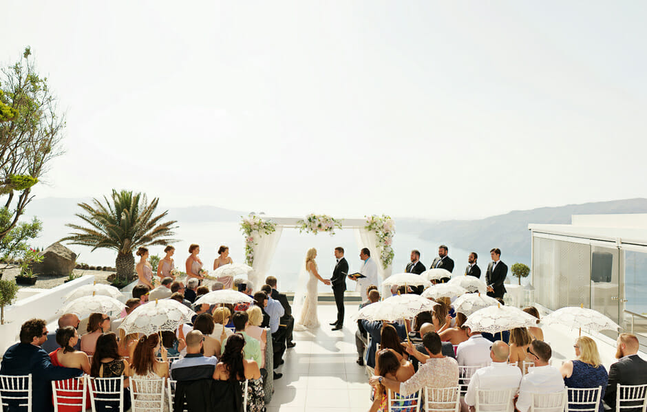 wedding ceremony starts in le ciel santorini