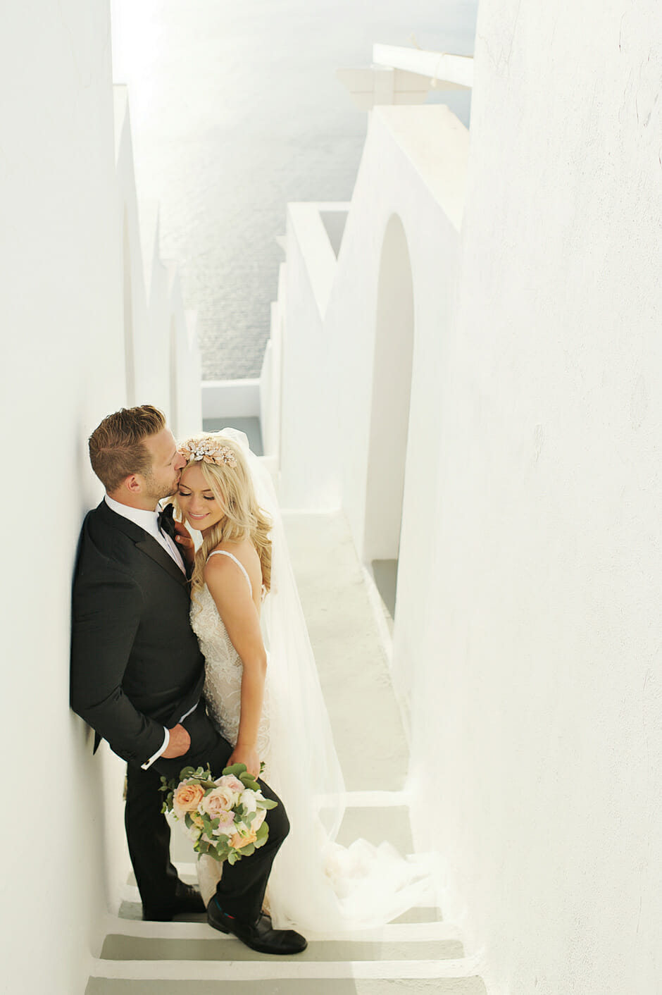 wedding portrait in le ciel santorini