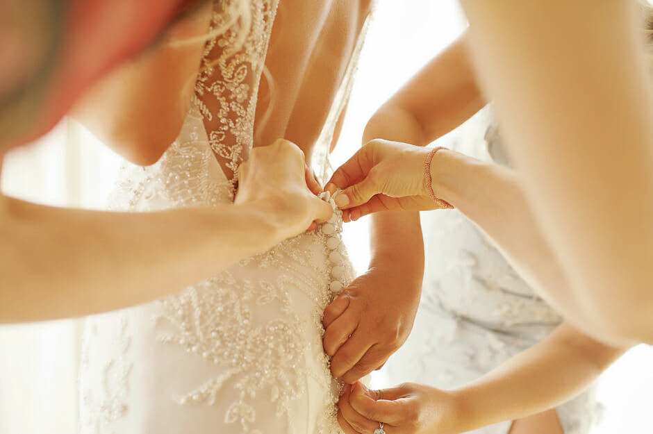 bride preparation in Villa Casa del Mare