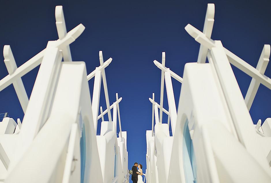 Wedding photoshoot in Santorini