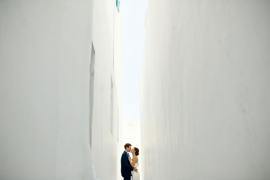 bride and groom in mykonos greece