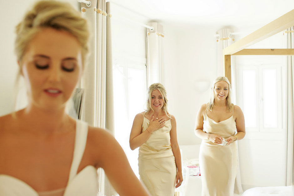 bridesmaid crying in mykonos wedding preparations