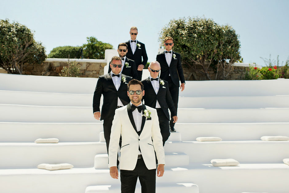 groom arriving in-mykonos star for the wedding ceremony