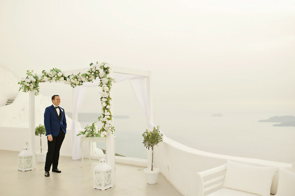 groom-is-waiting-for-the-bride-for-their-elopement-in-santa-irene-at-santorini