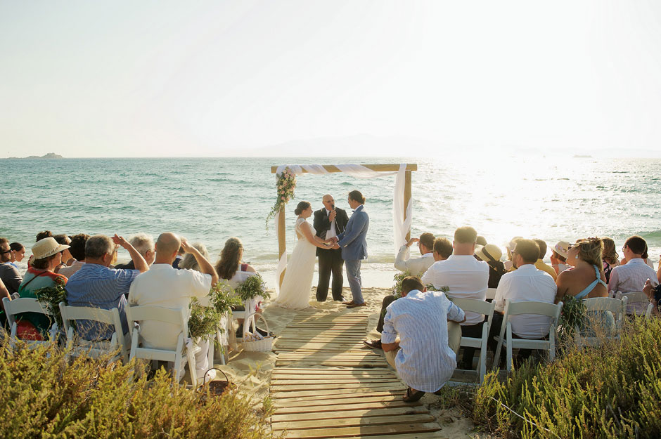 naxos wedding in the beach