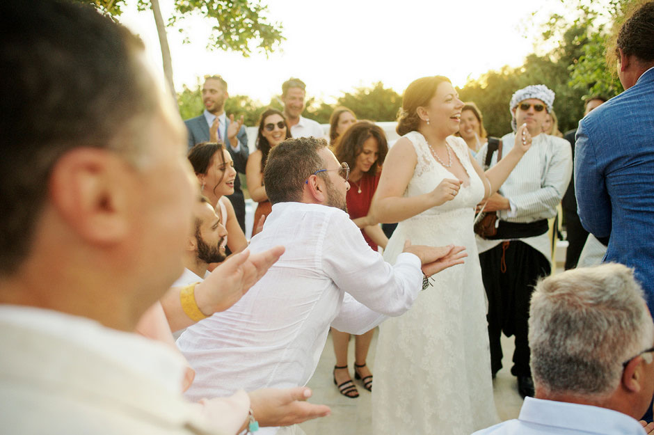 wedding dancing in naxos villa paradise