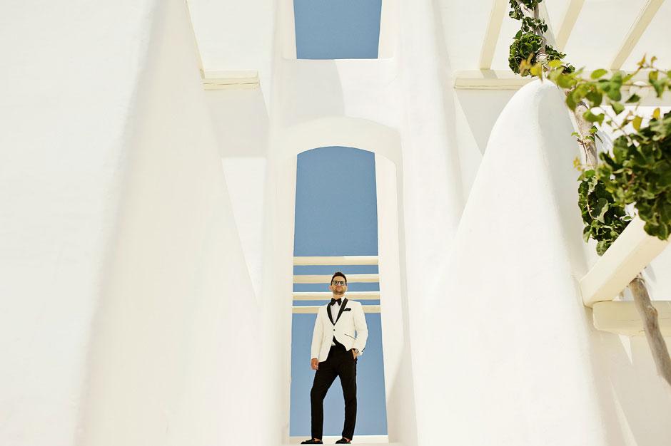 groom photo at a wedding in mykonos