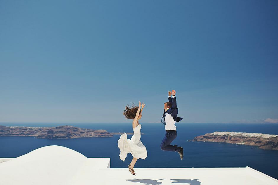 elopement in santorini greece